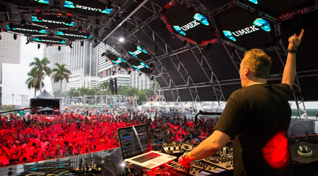 Umek finishes his american tour with a bang house music for Banging house music